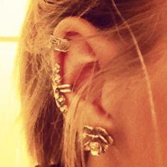 Fake ear peircings