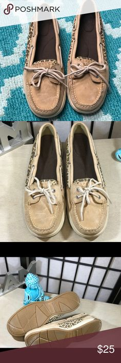 💕LEATHER LEOPARD TOP SIDER BOAT SHOES💕Sz 11 😎 🔍Details: 🔸Brand: SPERRY TOP SIDER BOAT SHOES   🔸Size: 11 🔸Material: LEATHER  🔸Sleeve: LONG  🔸Color: TAN ▪️▪️▪️▪️▪️▪️▪️ 📢📢523Exchange Fine Print: 🤔Questions? If you have any questions please feel free to send me a message. Storage Conditions: Pet-free & Smoke-free. 📦Shipping&Handling: All items will be shipped within 1 Business Day (same day for most orders).   Thank You For Shopping 523Exchange! Sperry Top-Sider Shoes Flats…