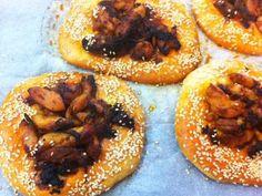 מתכון מסאחן, מסאחן מהמטבח הערבי - מאפה במלית פרגיות מטוגנות עם בצל ובציפוי שומשום