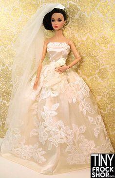 Barbie Bold Re-Embroidered Wedding Set $14.25 #barbie #tinyfrockshop #wedding