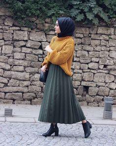 Hijab # to # School man # school # to # School ist - Pintogopin Top Mode 2019 Modern Hijab Fashion, Muslim Fashion, Modest Fashion, Fashion Dresses, Hijab Casual, Hijab Chic, Ootd Hijab, Modest Dresses, Modest Outfits