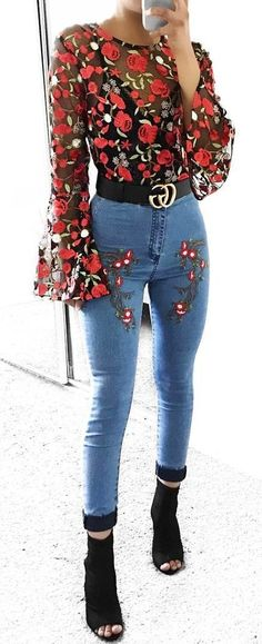 #summer #outfits Floral Printed Mesh Top + Floral Embroidered Skinny Jeans + Black Open Toe Booties ✨