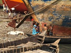Local Solutions: Floating Schools in Bangladesh