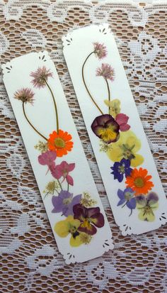 HANDMADE BOOKMARKS Set of 2 Natural Pressed Flower Bookmarks, Pressed Flower Art Collage Colorful Spring Flowers, Orange Yellow Pink Purple