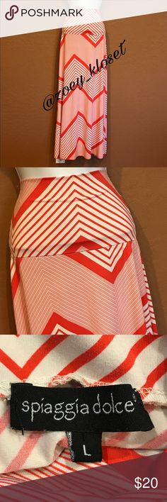 SPIAGGIA DOLCE Pink White Chevron Long Maxi Skirt Excellent Condition, Stretch, Great Colors & Print. Spiaggia Dolce Skirts Maxi