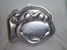 Character Cake Pans | ... Wilton TMNT Teenage Mutant Ninja Turtles Cake Pan 2105-4436 Face Mask