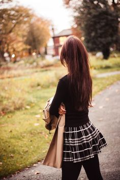 tartan skater skirt with black poloneck sweater and black tights Fashion Tights, Tights Outfit, Fashion Outfits, Classy Outfits, Cute Outfits, Fall Outfits, Celebrity Fashion Looks, Celebrity Style, Celebrities Fashion
