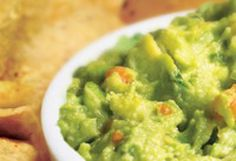 Our Top Pick for a Super Mexican Guacamole Dip: Guacamole dip with jalapenos