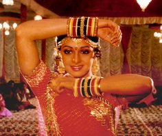 Ramakrishnan Long before the term 'item number' hit the Hindi film vernacular and film-zines, southern sensation Sridevi was upli. Vintage Bollywood, Cinema Actress, Dance Fashion, Bollywood Stars, Actress Photos, Indian Beauty, Bollywood Actress, How To Look Better, Actresses