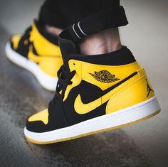 Jordan 1 mid new love New Jordans Shoes, Nike Air Jordans, Jordan Shoes, Nike Shoes, Shoes Sneakers, Shoes Men, Cali Colombia, Jordan 11, Sneaker Store