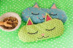 ARTE COM QUIANE - Paps, Moldes, E.V.A, Feltro e Costuras: Passo a passo e molde almofada de gatinho com fotos