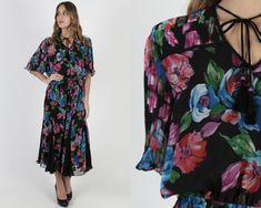 80s Era Vintage Fancy Black Ruffle Skirt Fitted Bat wing Sleeve Dress in Women/'s Size 56 with a 28 inch waist