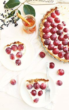 Granola Crust Greek Yogurt Fruit Tart from Honey and Figs -  So healthy you could have it for breakfast!