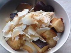 Ontbijt, kwark, pruim en kokos