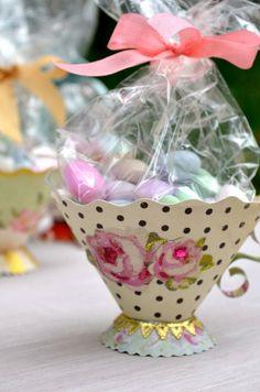 Brenda Walton Sizzix Tea Cup 3-D Tea Party Favors, Tea Party Decorations, Party Themes, Paper Tea Cups, Teacup Crafts, Tea Party Bridal Shower, Tea Gifts, Tea Party Birthday, Paper Crafts