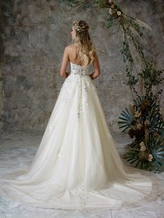 See the full range of collections of wedding dresses and bridal separates by Charlotte Balbier Bridal Wedding Gown Ballgown, Wedding Dresses, Charlotte Balbier, Bridal Separates, Lace Ball Gowns, Ethereal Beauty, Designer Wedding Gowns, Bridal Style, Dream Wedding