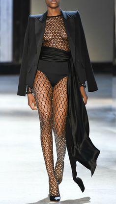 More Couture — analife: Alexandre Vauthier // Haute Couture -. Bold Fashion, High End Fashion, 90s Fashion, Couture Fashion, Runway Fashion, Fashion Beauty, Fashion Show, Vintage Fashion, Fashion Looks
