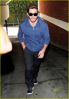 Jake Gyllenhaal: Smiley Sans Taylor Swift | jake gyllenhaal smiley taylor swift 03 - Photo
