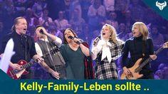 Eine Verfilmung des Lebens der Kelly Family? Der Dienstagabend stand ganz im Namen von Paddy Kelly : Bei Sing meinen Song performten die Stars die größten Hits des Musikers. Neben rührenden Auftritten und bewegenden Geständnissen entlockten Lena und Co. Paddy auch das ein oder andere Geheimnis: Es hätte beinahe einen Streifen über die Kellys gegeben!   Source: http://ift.tt/2sp9ESp  Subscribe: http://ift.tt/2spw6uz: KellyFamilyLeben sollte verfilmt werden