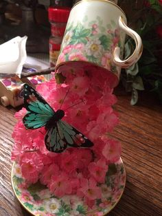 Junkspirations Beautiful Floating Teacups ~ SAW ON FACEBOOK PHOTO.