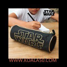 Estuche Escolar Star Wars - 3,43 €  Si quieres que los peques de tu hogar empiecen el cole con el mejor material escolar, no te pierdas el estuche escolarStar Wars. ¡Les encantará!Edad recomendada: +3 añosComposición: 100 %...  http://www.koala50.com/regalos-para-ninos/estuche-escolar-star-wars