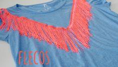 Tutorial DIY para decorar con flecos una camiseta. Mes de la camiseta