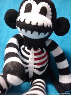 My most popular Sock Monkey. Macabre is the original Skeleton Sock Monkey. Macabre The Skeleton Sock Monkey Halloween Socks, Sock Monster, Sock Toys, Sock Animals, Clay Animals, Plushies, Softies, T Rex, Puppets