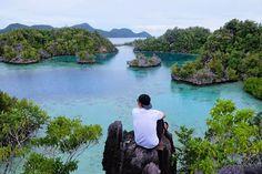 An amazing view of Sombori Island. . . Photo by : @febrialams . . #sombori #puncakkhayangan #labengkiisland #labengkitrip #tukang_jalan #tukangjalan #tukangjalantrip #somboriisland #explorelabengki #exploresombori #ExploreNusantara #PesonaIndonesia #travelling #Tour #travel #liburan #vacationfun #jalanjalanmen #indonesia #travelphotography #instagood #vscocam #instadaily