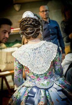 TRAJES DE FALLERA 1700s Dresses, Old Dresses, Nice Dresses, Medieval Costume, Folk Costume, Historical Costume, Historical Clothing, Victorian Fashion, Vintage Fashion