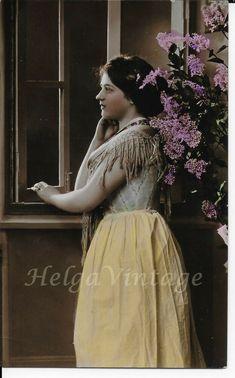 Antique 'VK' tinted photo-postcard beautiful lady by the window, cca. Beautiful Little Girls, Beautiful Women, French Beauty, Jesus On The Cross, Filipina, Antique Photos, Photo Postcards, Vintage Fashion, Window