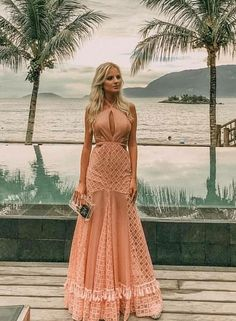 Vestido longo pêssego Day Dresses, Prom Dresses, Formal Dresses, Summer Dresses, Damas Rose, Couture Dresses, Fashion Dresses, Sequin Party Dress, Luxury Dress