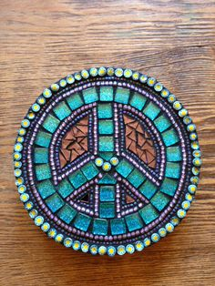 Mosaic Peace van Moonjewelsandmosaics op Etsy