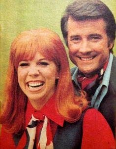 Lyle and actress Vicki Lawrence in the Washington Evening Star TV magazine, Joe Hamilton, Carol Burnett, Comedy Tv, Comedians, Movies And Tv Shows, Movie Stars, Famous People, Ronald Mcdonald, Star Tv