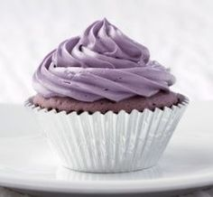 Taro Cupcakes w/Taro Cream Cheese Frosting