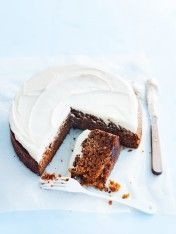 Donna Hay- Food Processor Carrot Cake / the new easy, photography by Willam Meppem Sweet Recipes, Cake Recipes, Dessert Recipes, Pavlova, Cake Thermomix, 13 Desserts, Food Menu, Snack, Let Them Eat Cake