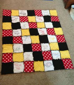 Each autograph is hand embroidered. Disney Fun, Disney Trips, Disney Cruise, Quilting Projects, Sewing Projects, Quilting Ideas, Mickey Mouse Quilt, Disney Diy Crafts, Quilts