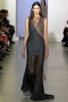 Yang Li RTW Spring 2015 - Slideshow - Runway, Fashion Week, Fashion Shows, Reviews and Fashion Images - WWD.com