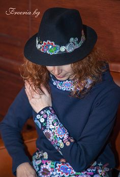 Hat Wreath Cowboy Hats, Wreaths, Fashion, Garlands, Door Wreaths, Fashion Styles, Western Hats, Deco Mesh Wreaths, Fashion Illustrations