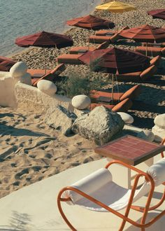 Located on the blissful island of Mykonos, Ftelia Beach Club is a restaurant designed by architect Fabrizio Casiraghi… Beach Club, Ibiza, Restaurant Club, Club Mykonos, Terracotta Floor, Off White Walls, Parasols, Italian Villa, Spots