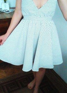 Kup mój przedmiot na #vintedpl http://www.vinted.pl/damska-odziez/krotkie-sukienki/17790656-rozkloszowana-letnia-sukienka-wiazana-na-szyi