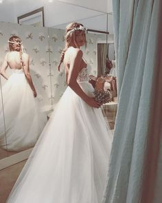 ss18 #lebaobab #bride #wedding #weddingdress #hautecouture Le Baobab, Lace Wedding, Wedding Dresses, Bride, Instagram Posts, Fashion, Haute Couture, Bridal Dresses, Moda