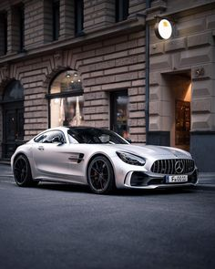 AMG Beast Picture by thecarhotel blacklist mercedes amg Mercedes Benz Amg, Carros Mercedes Benz, Mercedes 2018, Gt R, 4 Door Sports Cars, Sport Cars, Dream Cars, Allroad Audi, Porsche Autos