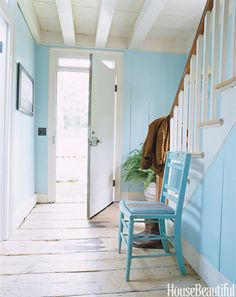 Pair a slightly neon shade of blue with weathered wood, you can practically smell the invigorating sea air.