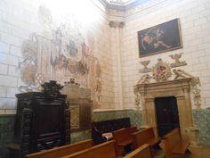 Pinturas murales y decoración de puerta en capilla del lado del evangelio.¿ Capilla de San Sebastian ?