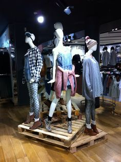 Top shop mannequin styling