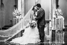 Stunning lace veil - Houston wedding photography - MD Turner Photography