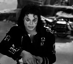 WiffleGif has the awesome gifs on the internets. michael jackson beautiful gifs, reaction gifs, cat gifs, and so much more.