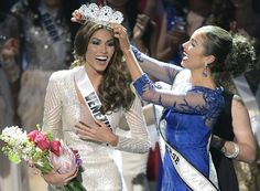 A Venezuelan television presenter, Gabriela Isler, on Saturday was crowned Miss Universe in Moscow in a glittering ceremony. Judges, including rock star Steven Tyler from Aerosmith, picked the winner from a total of 86 contestants at the…