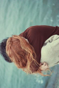 perder tempo no abraço.