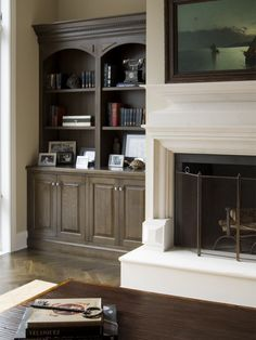 Traditional Family Room Built-ins Design Pictures Remodel Traditional Family Room Built-ins Design Pictures Remodel Thomasena Dewalt Family Game Room TDR Family Game Room Traditional Family nbsp hellip Bookshelves Around Fireplace, Fireplace Built Ins, White Fireplace, Bookshelves Built In, Fireplace Remodel, Fireplace Surrounds, Fireplace Design, White Mantle, Simple Fireplace